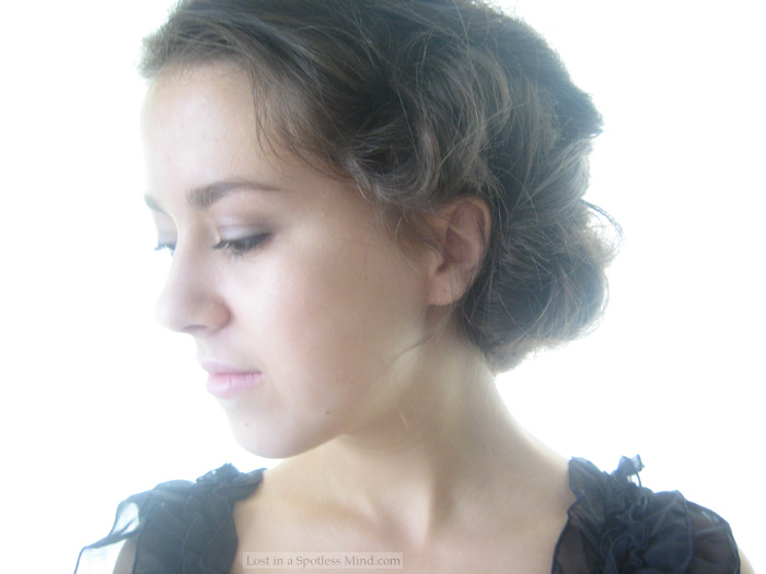 made a second Lady Sybil tutorial, you can find it by clicking here